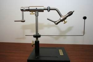 Dyna-King Barracuda Deluxe Pedestal Vice